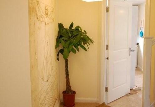 9 GC hallway